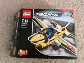 Lego Technic Display Team Jet 42044 Complete boxed with instructions