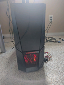 Windows 7 Ultimate CyberPower PC with monitor, mouse & keyboard