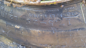 WANTED 17.5 X25 LOADER TIRE