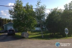 Newly renovated 2 story home in Valleyfield
