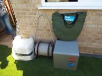 porta loo toilet and tent with fridge all in very good condition