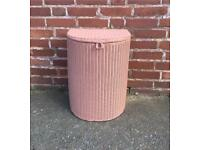 Dusky pink Lloyd loom linen basket in great condition