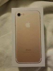 Gold iPhone 7 32g GREAT CONDITION