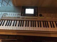 Yamaha keyboard and arranger work station
