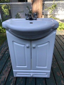 Bathroom Vanity 25 inch White with Porcelain Sink