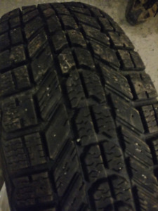 Set of 4 used but good 195/65r15 Firestone Winterforce
