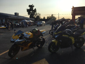 Yellow and black gsxr with exhaust