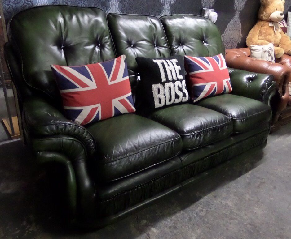 Stunning Chesterfield High Back 3 Seater Green Leather Sofa Uk Delivery
