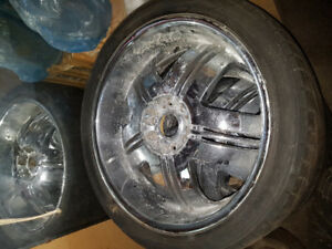 265 40 22 rims and tires