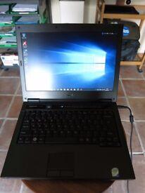 Dell Vostro 1310 Laptop Computer