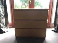 IKEA MALM chest of drawers (3 draws)