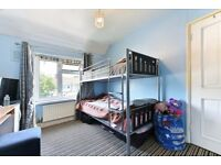 2 bed 1st floor flat available to let on chedwell heath lane
