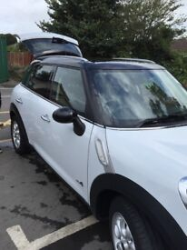 Low mileage - immaculate condition - sunroof, heated seats,Half leather