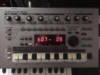 Roland MC-303 Groovebox Drum Machine Synthesizer