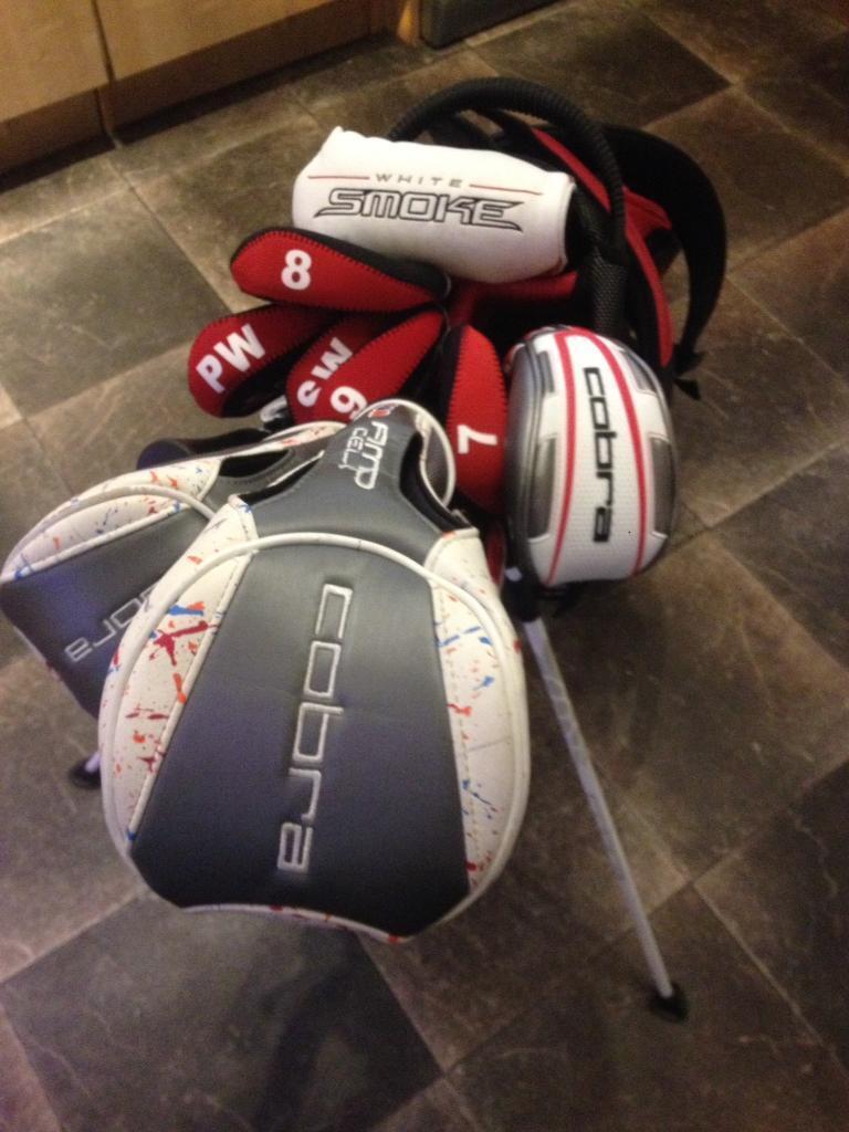 Full set of mixed Cobra/ Wilson staff/ Nike golf clubs with bag etc.