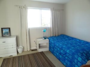 FULLY  FURNISHED ROOM  AMAZING HOUSE  PRIVATE PARKING