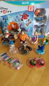 Ensemble de départ Disney Infinity 2.0 Wii U + 7 personnages