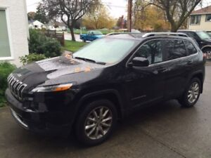 2015 Jeep Cherokee Limited - Leather/Heated Seats