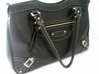 Handbag, Black Leather, Made in Italy - with Shoulder Strap - Great Bag for Work