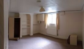 Double room UNFURNISHED