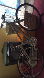 Rocky Mountain 30 METRO Women's Bicycle