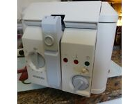 Kenwood Deep Fat Fryer in clean perfect working order with instructions