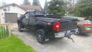 2009 Chevrolet Silverado 1500 lt Pickup Truck immaculate
