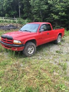 2000 Dodge Dakota Sport 4x4 V6