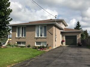 GREAT HOME! GREAT LOCATION! ~ VAL THERESE