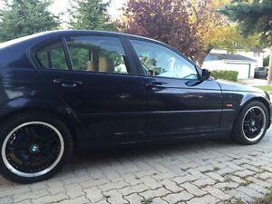 Selling as is 2000 BMW 323i