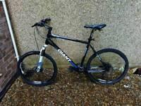 Giant Revel mountain bike aluxx technology