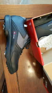 BRAND NEW!! RAM size 10 golf shoes