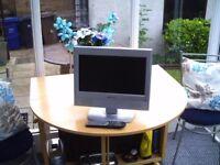 12V OR 230 TV/DVD COMBO
