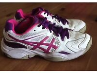 Junior netball trainers Asics size 4.5