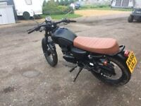 Mutt Mongrel 125cc Cafe Racer Style 2016 very low mileage