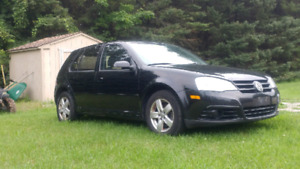 2009 Volkswagen Golf City $5800 OBO ONLY 120,000 KMS