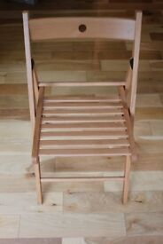 SET OF 4 WOODEN FOLDABLE CHAIRS