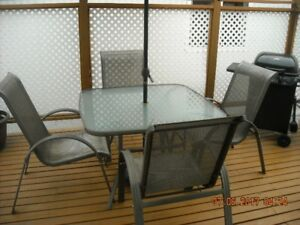 Patio Table & 4 Chairs,Umbellastand(Can Deliver)