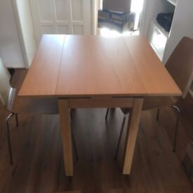 Extendable Oak Veneer Dining Table and x2 Dining Chairs.