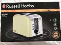 "Brand New - Russel Hobbs ""Henley"" - 2 Slice THICK n thin Toaster in Cream"