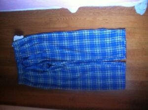 Pyjama pants! Blue colour, squared.