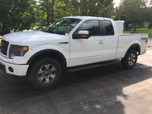 2013 Ford F-150  5L  FX-4   AWESOME  Condition a MUST see