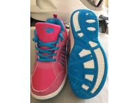 New CMX kids or ladies trainers size 37/5