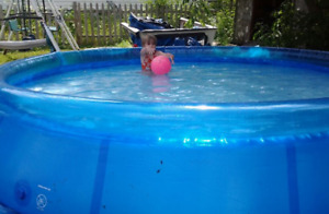 12ft x12ft x 30inch pool kept in great condition!