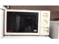 **MICROWAVE**£25**NO OFFERS**