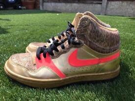 Nike hardly used retro trainers size 7