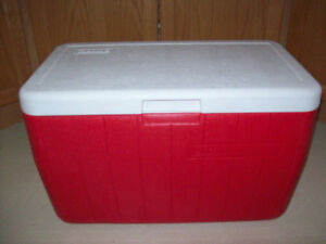 LARGE  COLEMAN  COOLER  --  LIKE NEW