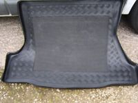anti-Slip Boot Liner for Mondeo Mk 3 hatchback...As New