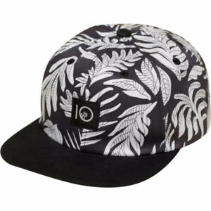 BRAND NEW WITH TAGS WOMEN'S 10 TREE HAT