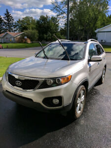 2013 Kia Sorento EX V6 AWD - Excellente condition